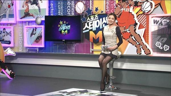 韓国のミニスカ女子アナウンサー (13)