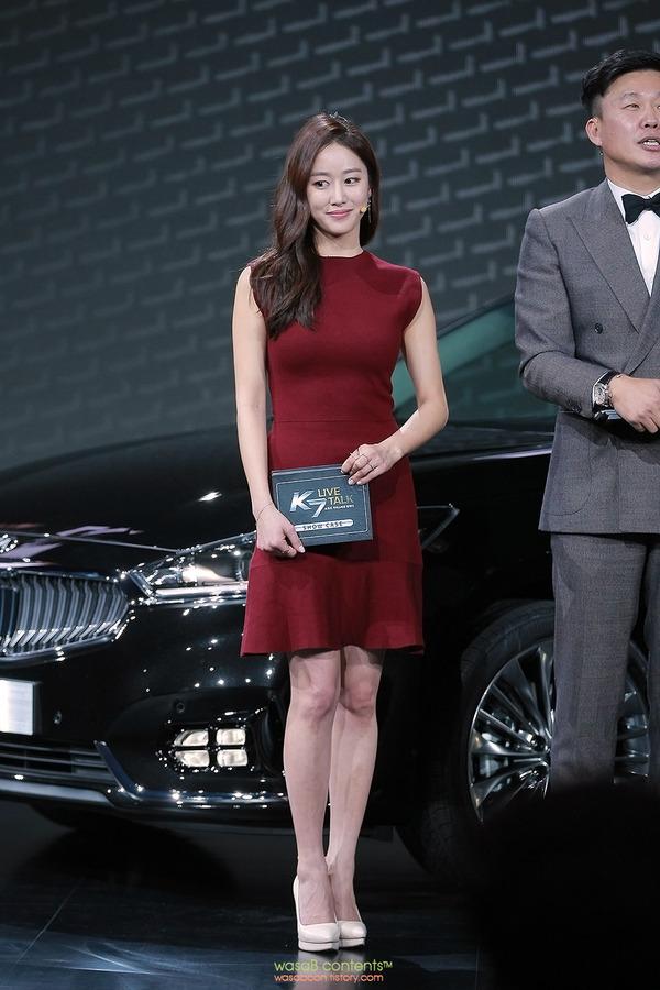 韓国の人気巨乳女子アナウンサー (15)