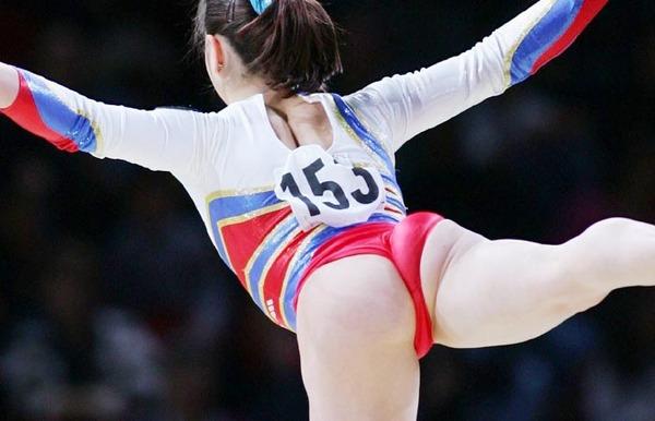 女子体操&新体操のモリマンな股間 (6)