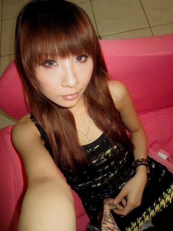 歌舞伎町で人気のキャバ嬢さんの私生活写メ2 (14)