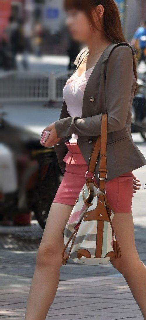 街撮りミニスカ&ショートパンツエロ画像 (7)