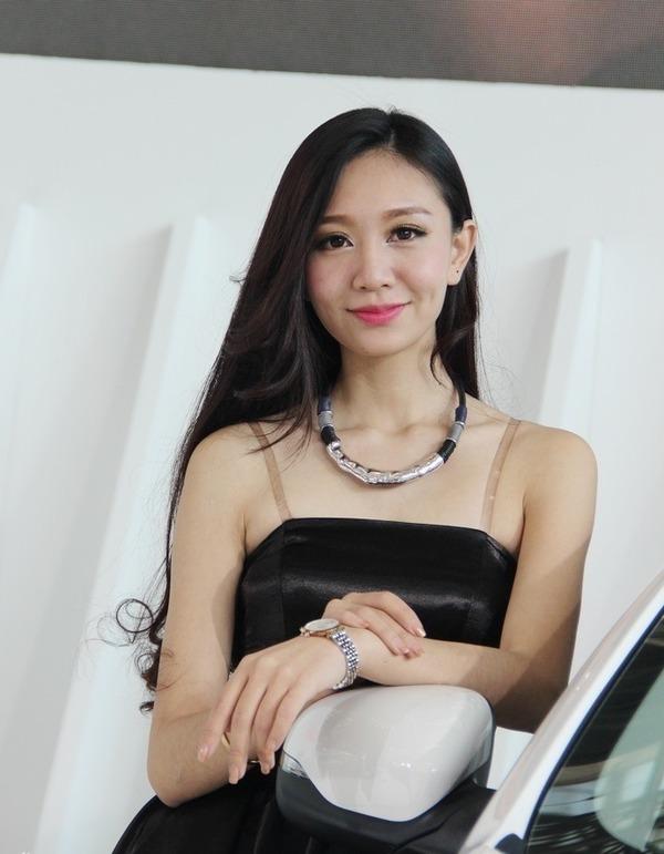 北京モーターショー美人コンパニオン (15)