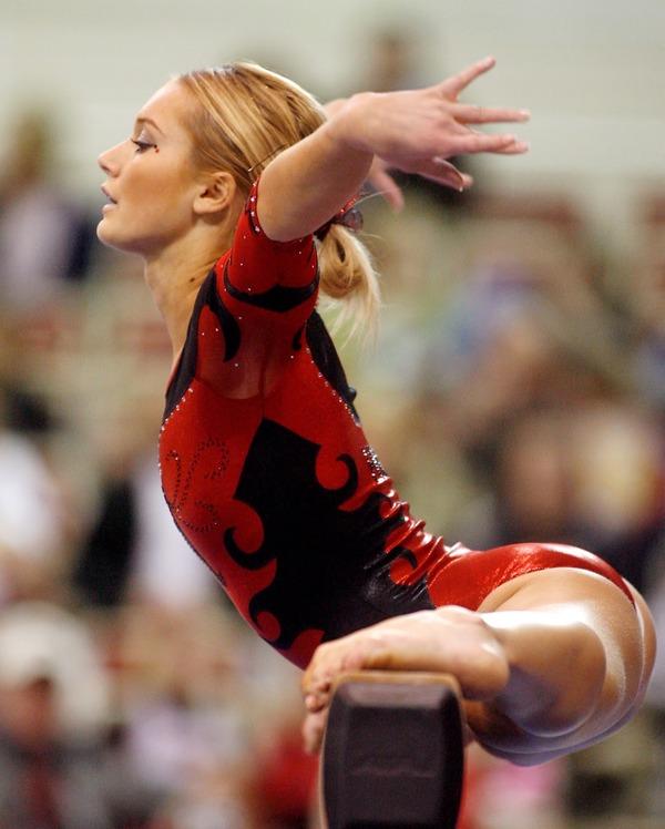 女子体操選手の食い込みエロ画像 (7)