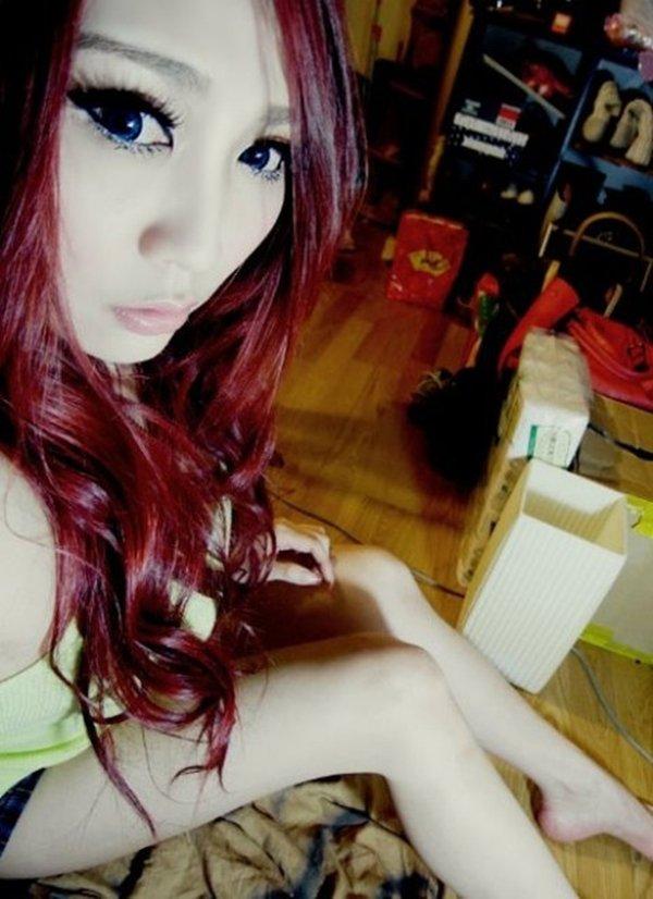 毎晩オナニー相手を探してる巨乳美魔女の公開写メ (18)