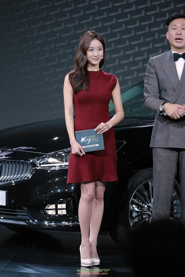 韓国の人気巨乳女子アナウンサー (14)