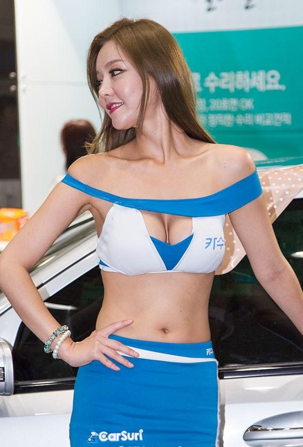 韓国の巨乳激エロコンパニオン (29)
