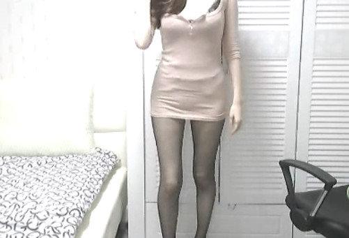 美乳スレンダー女性のオナニー自撮り (5)