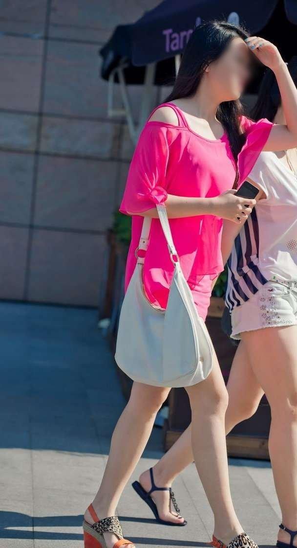 (どえろな街撮り写真)生足がえろえろ☆☆☆ミニスカワンピ姿の純白モデル秘密撮影写真だぁっ☆☆☆☆