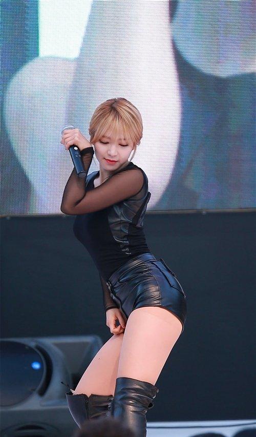 AOA チョアのセクシーダンス画像002
