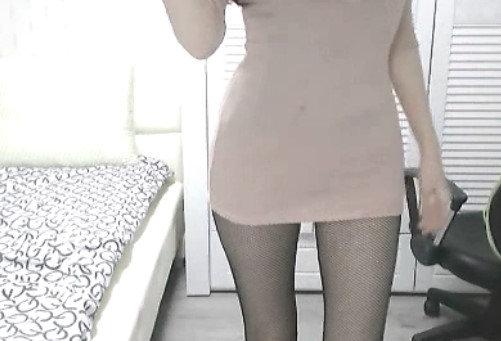 美乳スレンダー女性のオナニー自撮り (4)