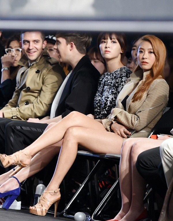 (激えろK-POP)シスターのユン・ボラのえろ美足炸裂☆☆えろ過ぎるオフショット集☆☆