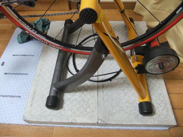 自転車の 自転車 固定台 : ロードバイクのブログ:固定 ...