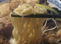 一神堂そばの細麺