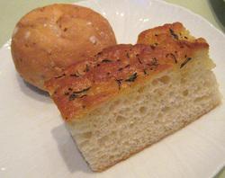 ポンテベッキオの自家製パン