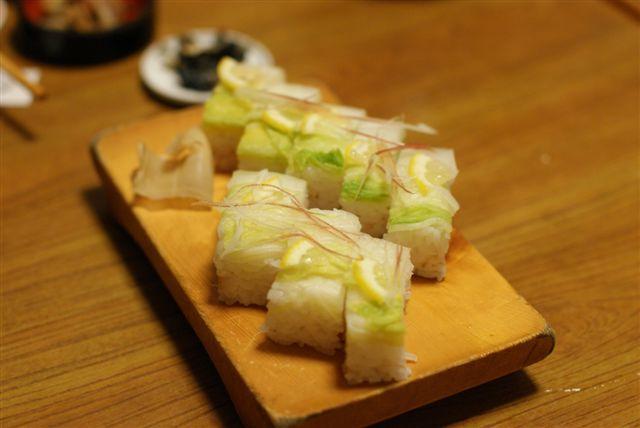 浅漬け白菜の押し寿司
