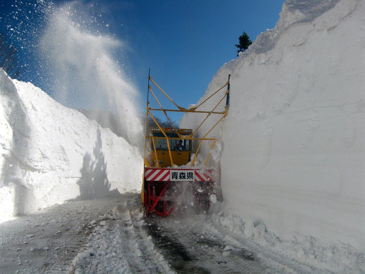 雪の回廊「壁づくり」