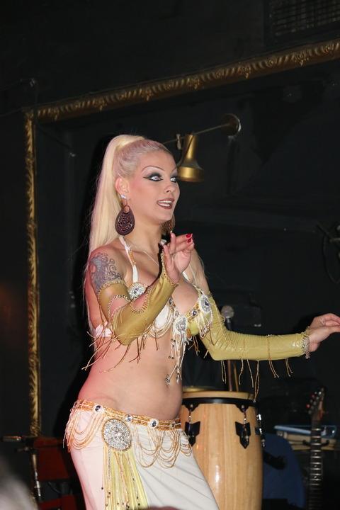 プルチュとベリーダンス (32)