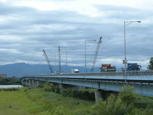 北海道札幌市 札幌大橋 : bridge...