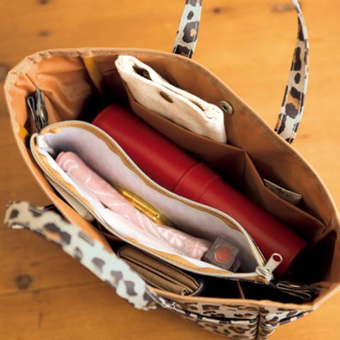 タバサ 便利すぎるポケットいっぱいバッグ&ポーチ5