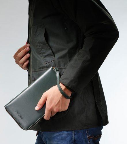 バブアー 財布機能マルチケース5