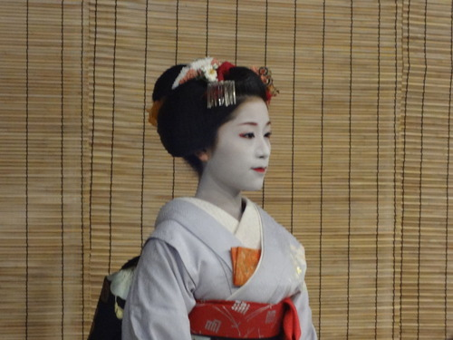 MiyakoWodoriGeiko_140405