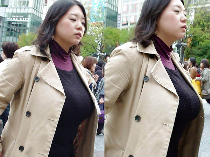 働く女性がすごく巨乳なエロ画像