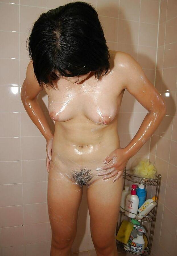 【素人人妻エロ画像】荒れたお尻や肌感がリアル!素人ならではの生々しい人妻さんとのハメ撮りww 15枚