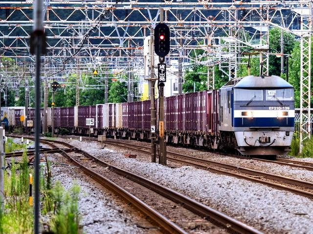 EF210-139貨物01