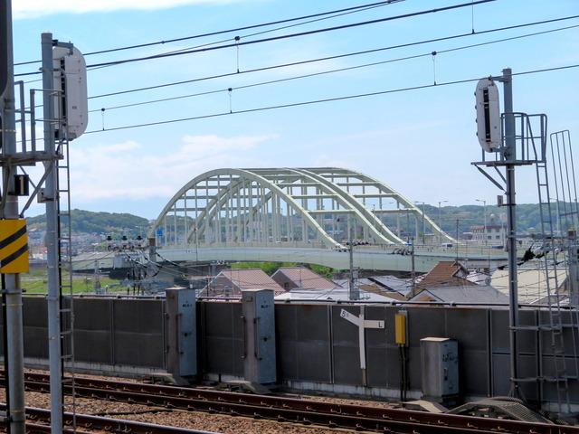 和泉多摩川駅3