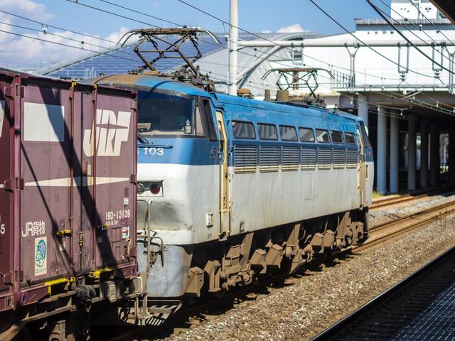 EF66 103貨物02