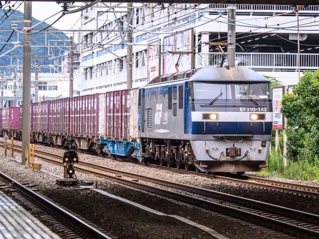 EF210-142貨物02