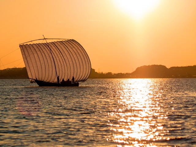 帆引き船15