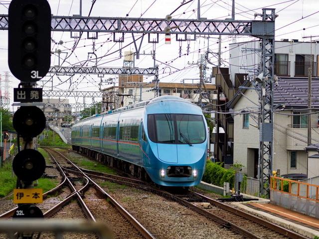 メトロ新緑号02