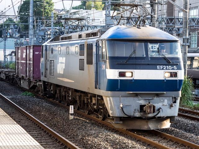 EF210-5貨物1