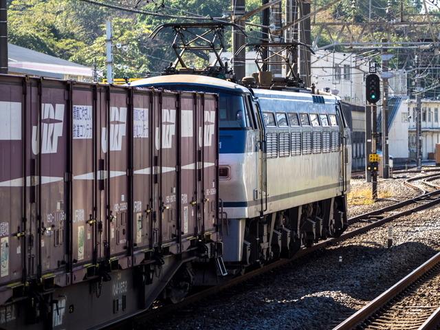 EF66 131貨物03