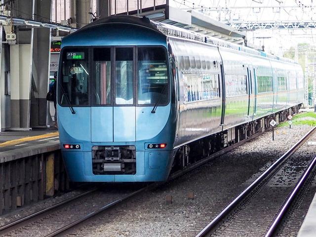 メトロ新緑号06
