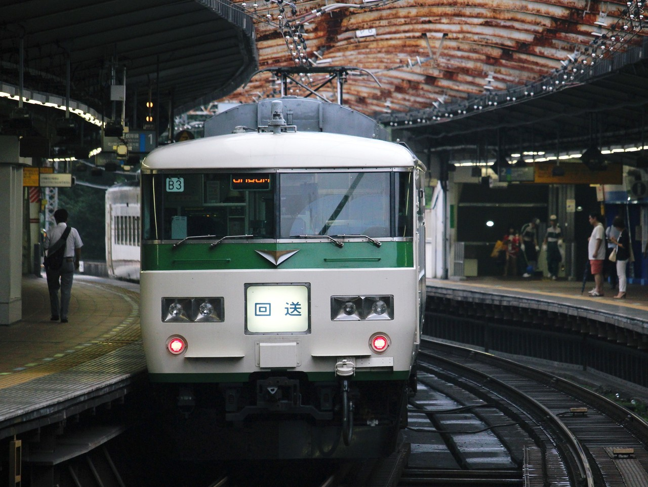 http://livedoor.blogimg.jp/shin_tsurumi/imgs/f/6/f65b8d47.jpg