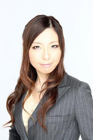 (48)津田先生(背景を黒板に)