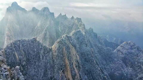 Mount-Huashan-in-White-Snow-10