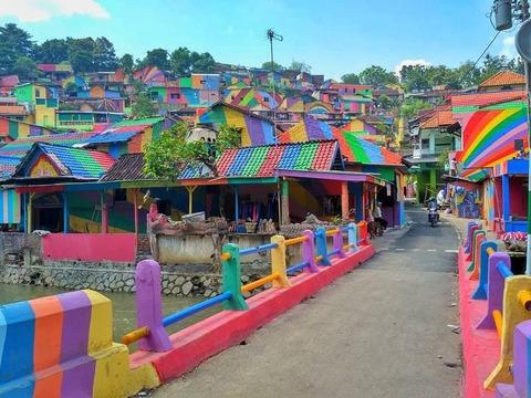 rainbow-village-kam