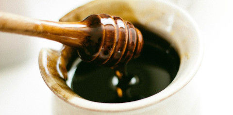 honey-dipper-351485_1280