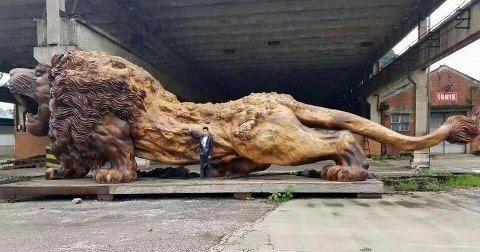 lion-carved-