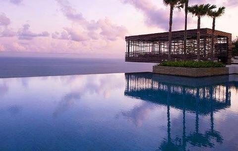 Alila-Villas-Uluwatu-in-Bali