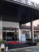 菊池温泉ホテル前にて2