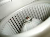 普段見られないのでエアコンユニット内部を撮影