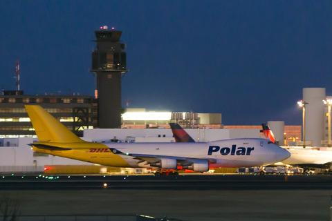 Polar Air Cargo:Boeing 747-46NF:SCD(N454PA)-8719