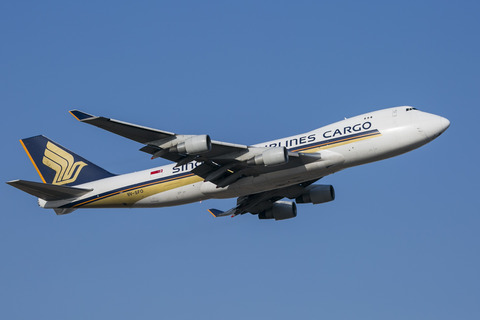 Singapore Airlines Cargo:Boeing 747-412F:SCD(9V-SFO)-1294