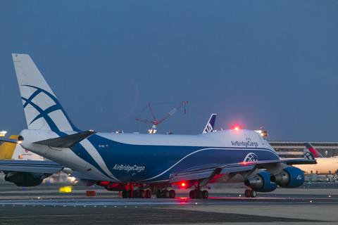 AirBridgeCargo Airlines:Boeing 747-46NF:ER:SCD(VP-BIG)-1687