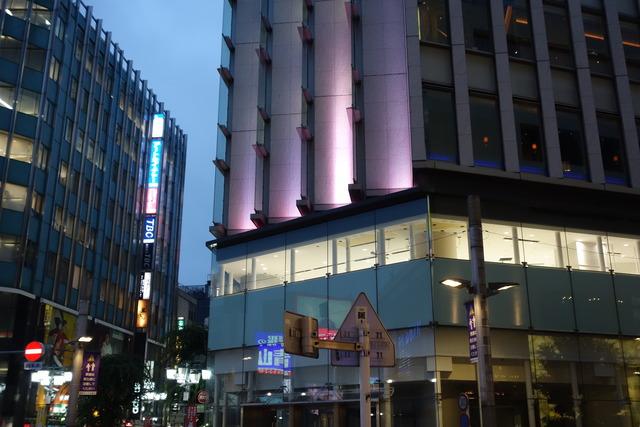 ミラザ新宿の2階にジェラート屋さんと化粧品売場が出店へ?