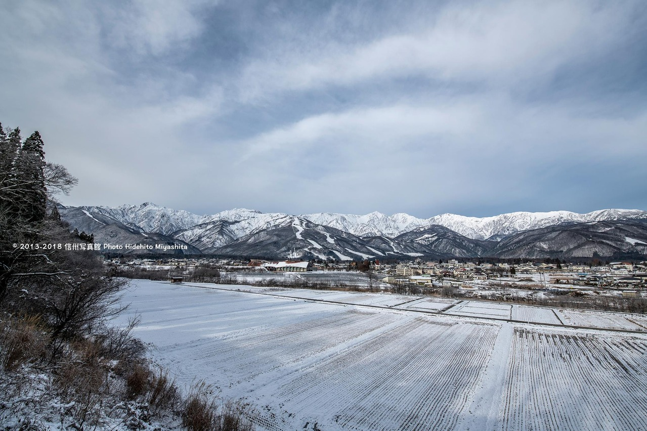 少し雪化粧した白馬村